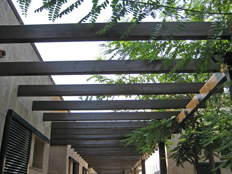 pergolas de madera mantenimiento
